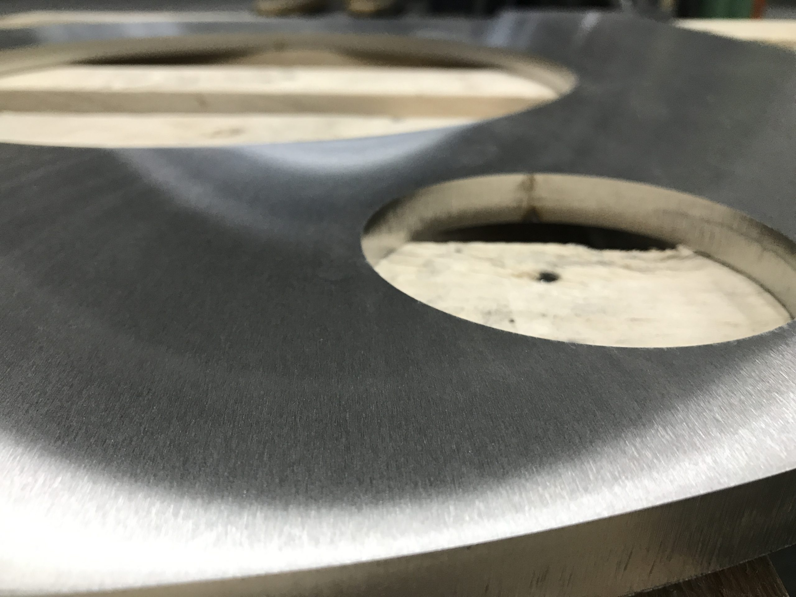 Grinding-stainless-steel-cutted-parts