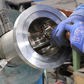 Manual grinding and polishing